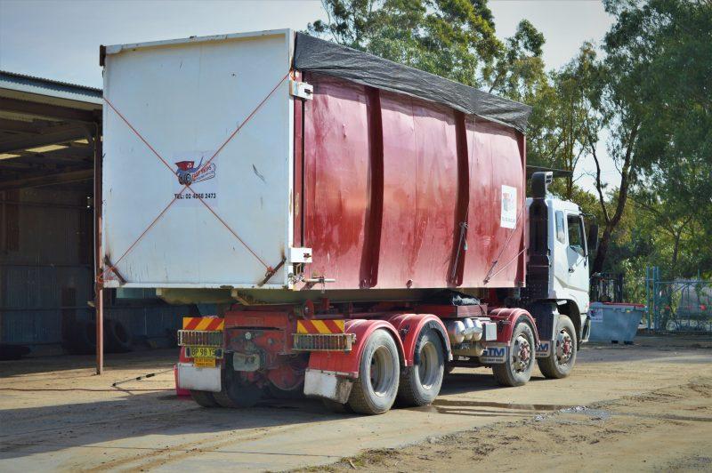 Container skip bin